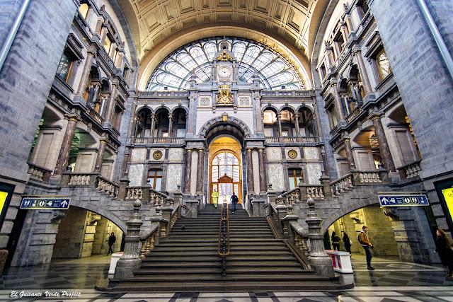 Estación Central (vestíbulo) - Amberes por El Guisante Verde Project
