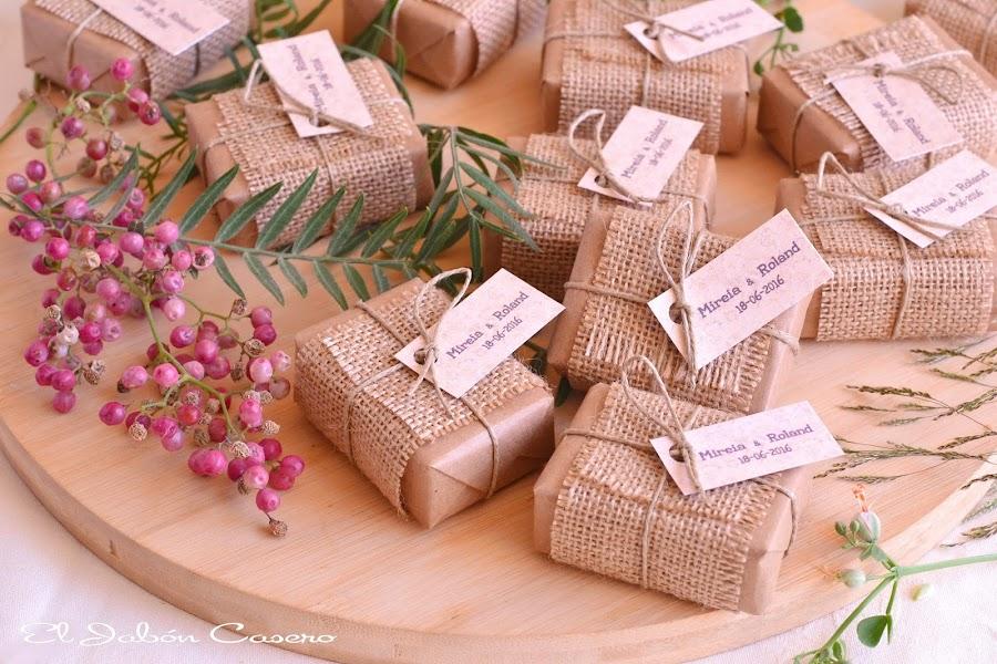 Jabones personalizados para bodas detalles para invitados