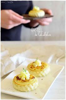 Pastel de calabacin al horno con queso: Flan jugoso y esponjoso- receta fácil de pastel salado- pastel salado- receta de pastel de calabacín