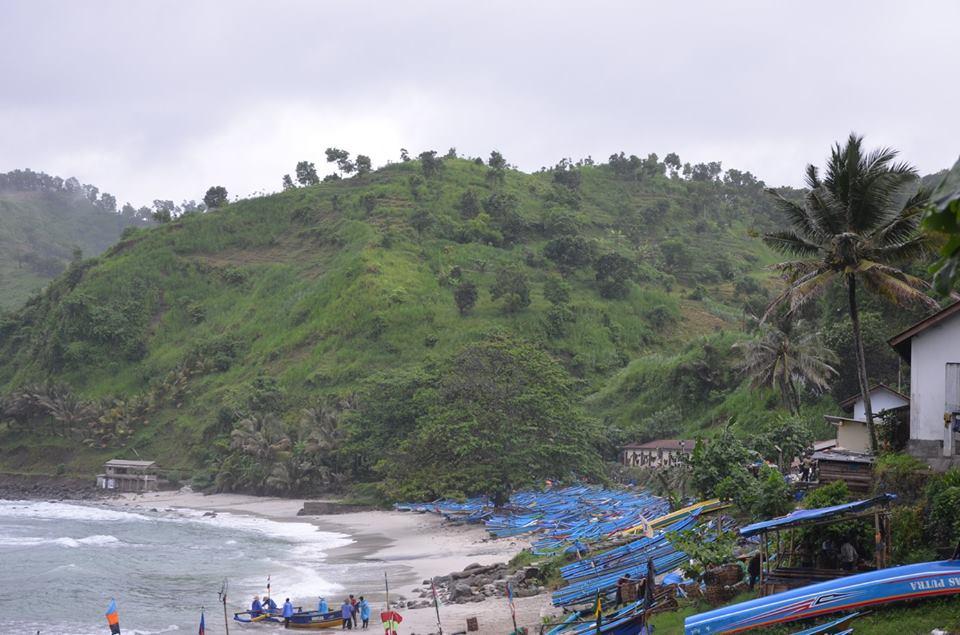 Pantai Menganti kebumen jawa tengah