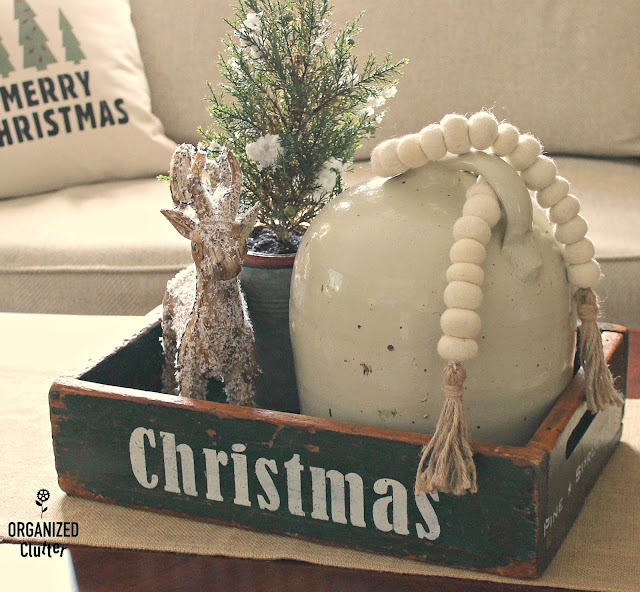 DIY Neutral Christmas Pillow Covers and Signs with Old Sign Stencils #stenciling #oldsignstencils #Christmastrees #crates #neutralChristmasdecor #Christmas #Holidaydecorations