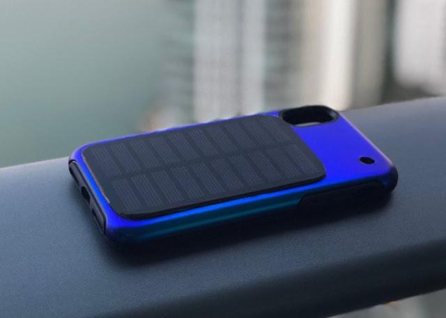 Soliz smartphone solar charging case