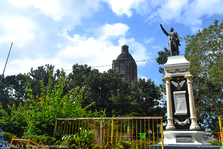 Graciano Lopez-Jaena's statue at Jaro Plaza