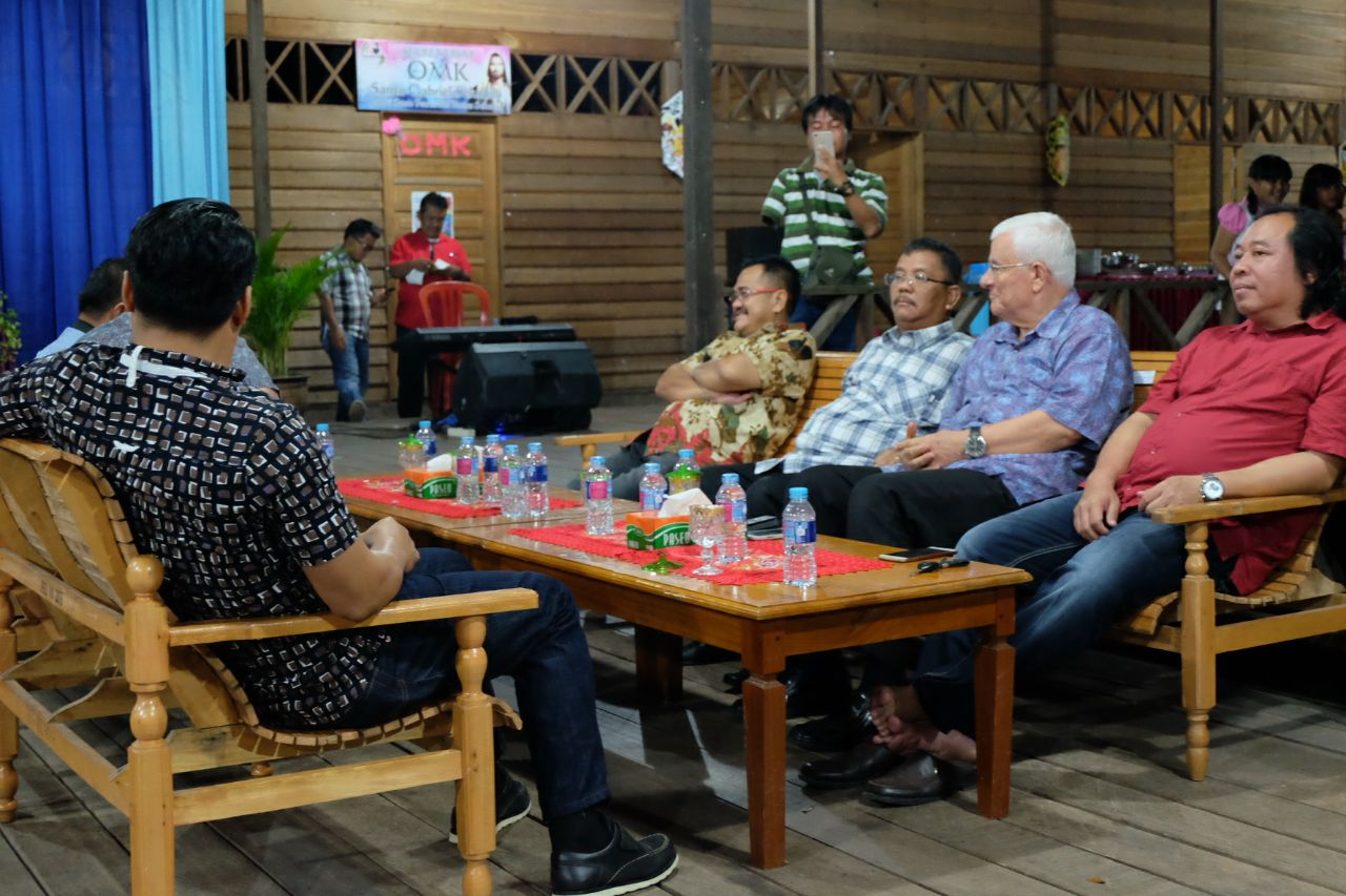Kegiatan paskah bersama di Betang Youth Center Sekadau, Jumat (6/4/2018).