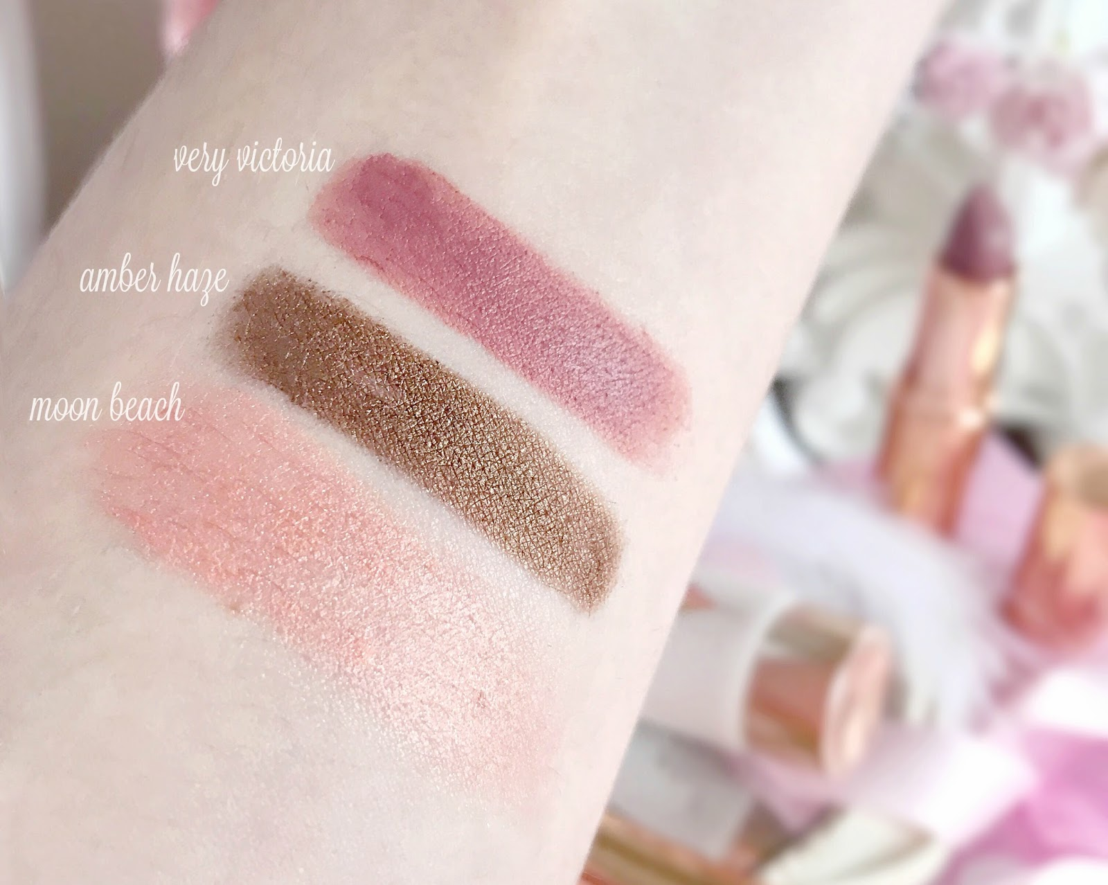 Charlotte Tilbury | Quick 'N' Easy Makeup Kit Swatches