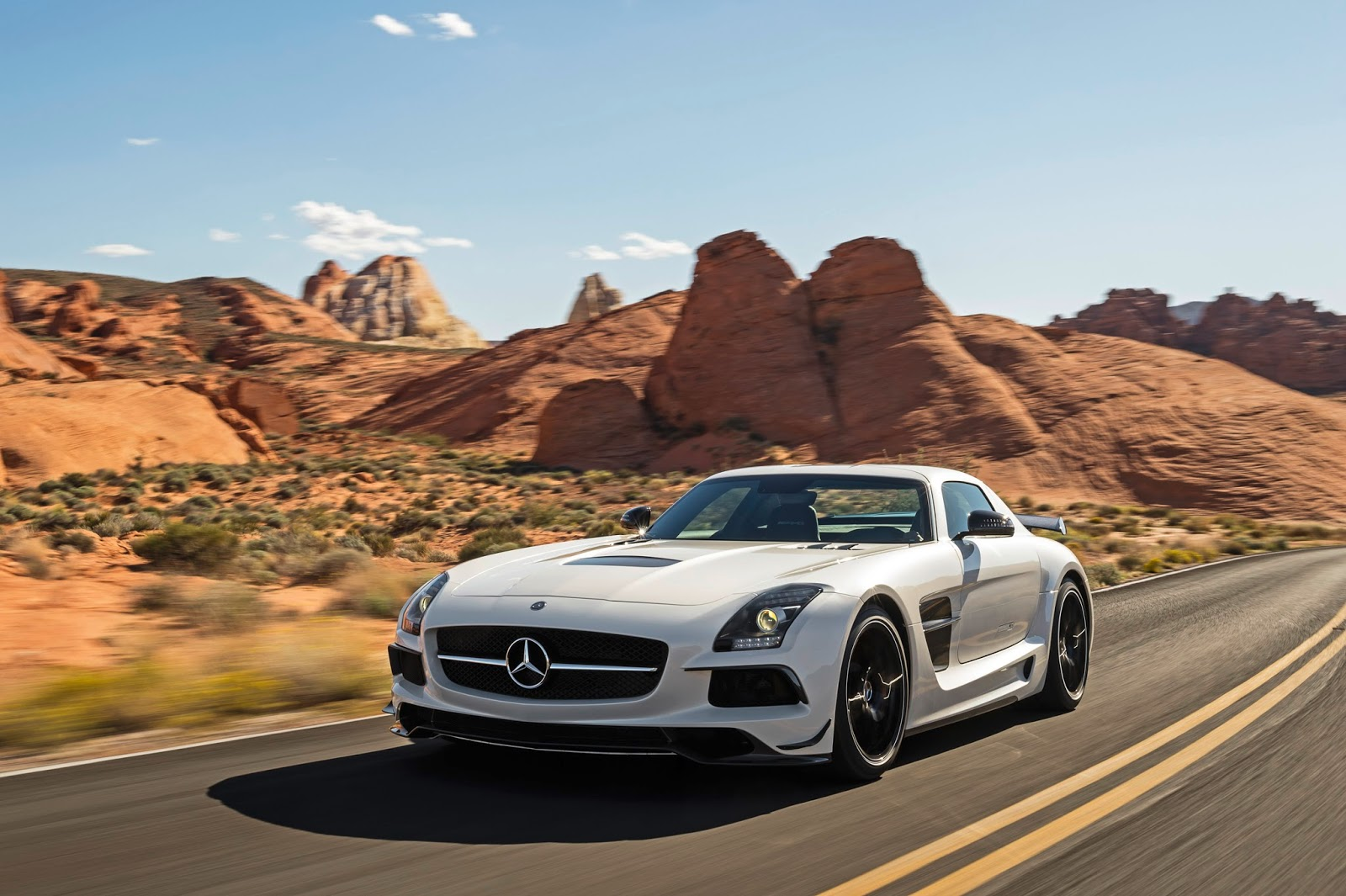 mercedes benz sls amg coupe black series 2014 hottest. Black Bedroom Furniture Sets. Home Design Ideas