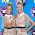 Lisa and Lena comparecem ao Teen Choice Awards 2017 no Galen Center em Los Angeles, na California – 13/08/2017