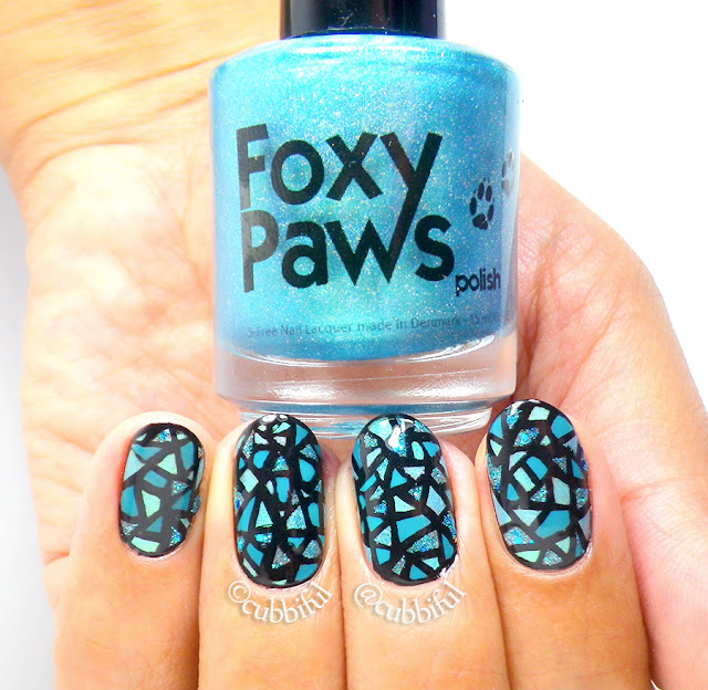 Teal Stained Glass Mosaic Nail Art