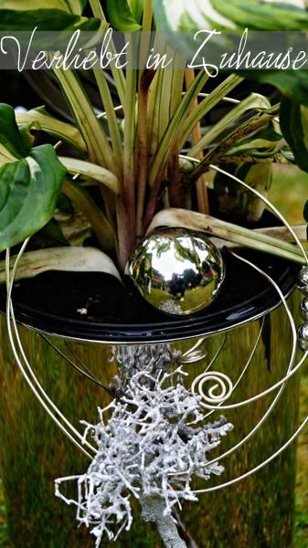 Außergewöhnliche Gartendeko und kreative Upcycling Idee: Glanz und Glamour mit dem Treteimer