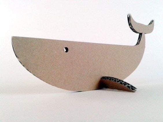 Baleia de Papelão