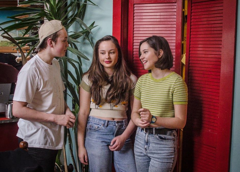 An Interview With The Orielles