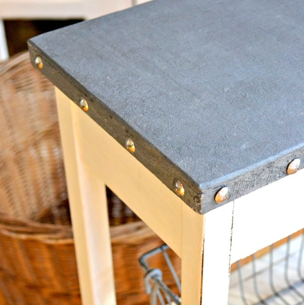 How to create a beautiful galvanized reproduction look on a damaged table top. Homeroad.net