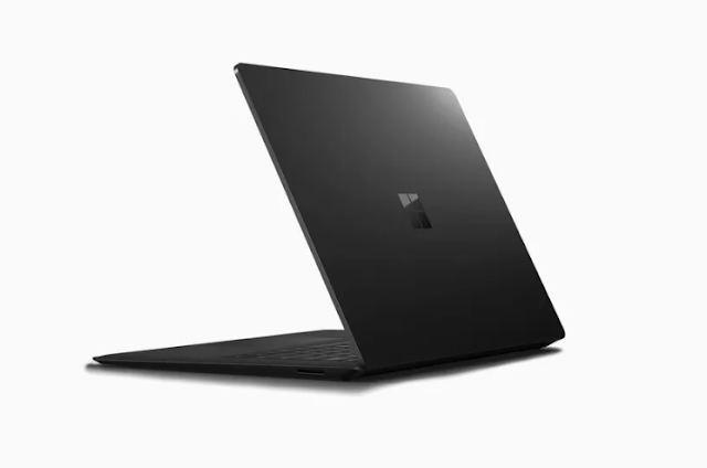 مايكروسوفت تؤكد عن طريق الخطأ على طرح طُراز اسود من Surface