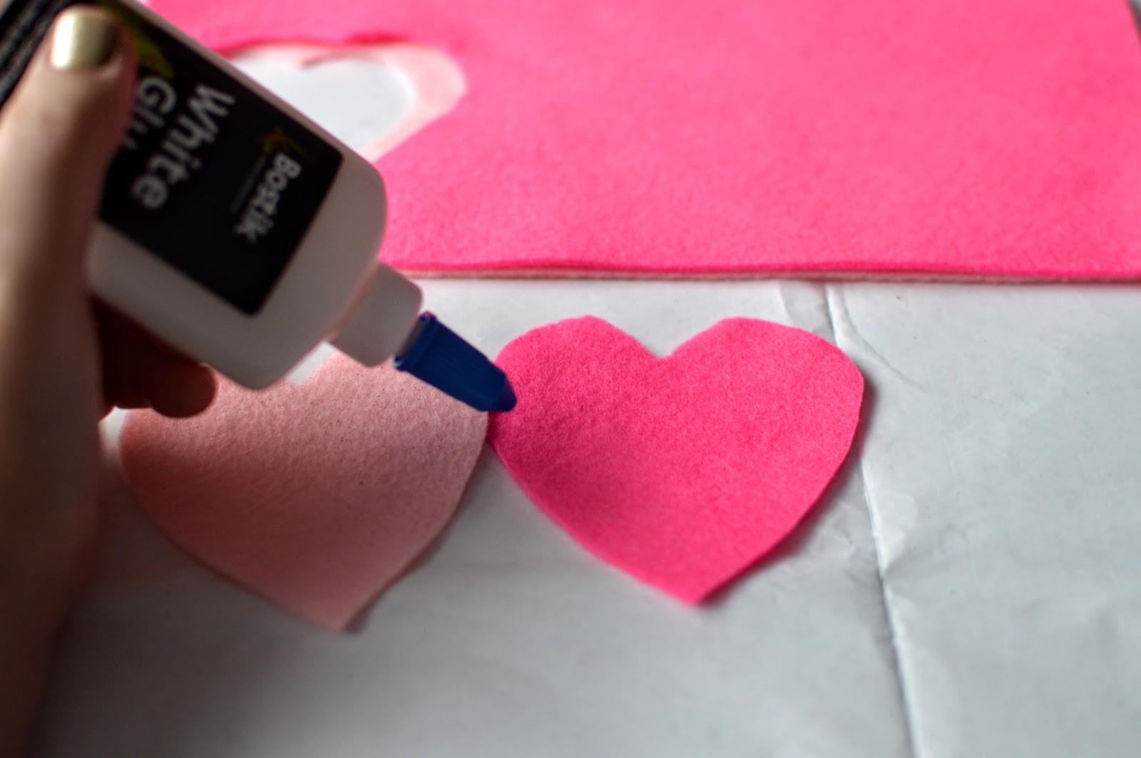 , Valentine's Day Craft:  Make a No Sew Heart Lavender Sachet