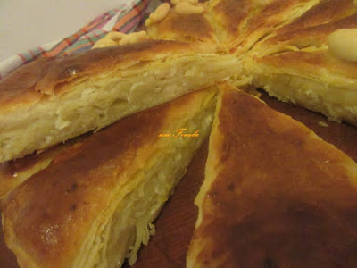 Puff cake with cheese