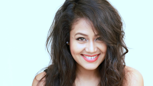 Neha Kakkar biography in hindi, wiki, age, height, family and biography