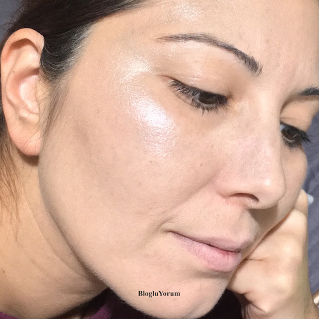 golden rose metals liquid glow highlighter metalik likit aydınlatıcı 01 pearly pink swatch