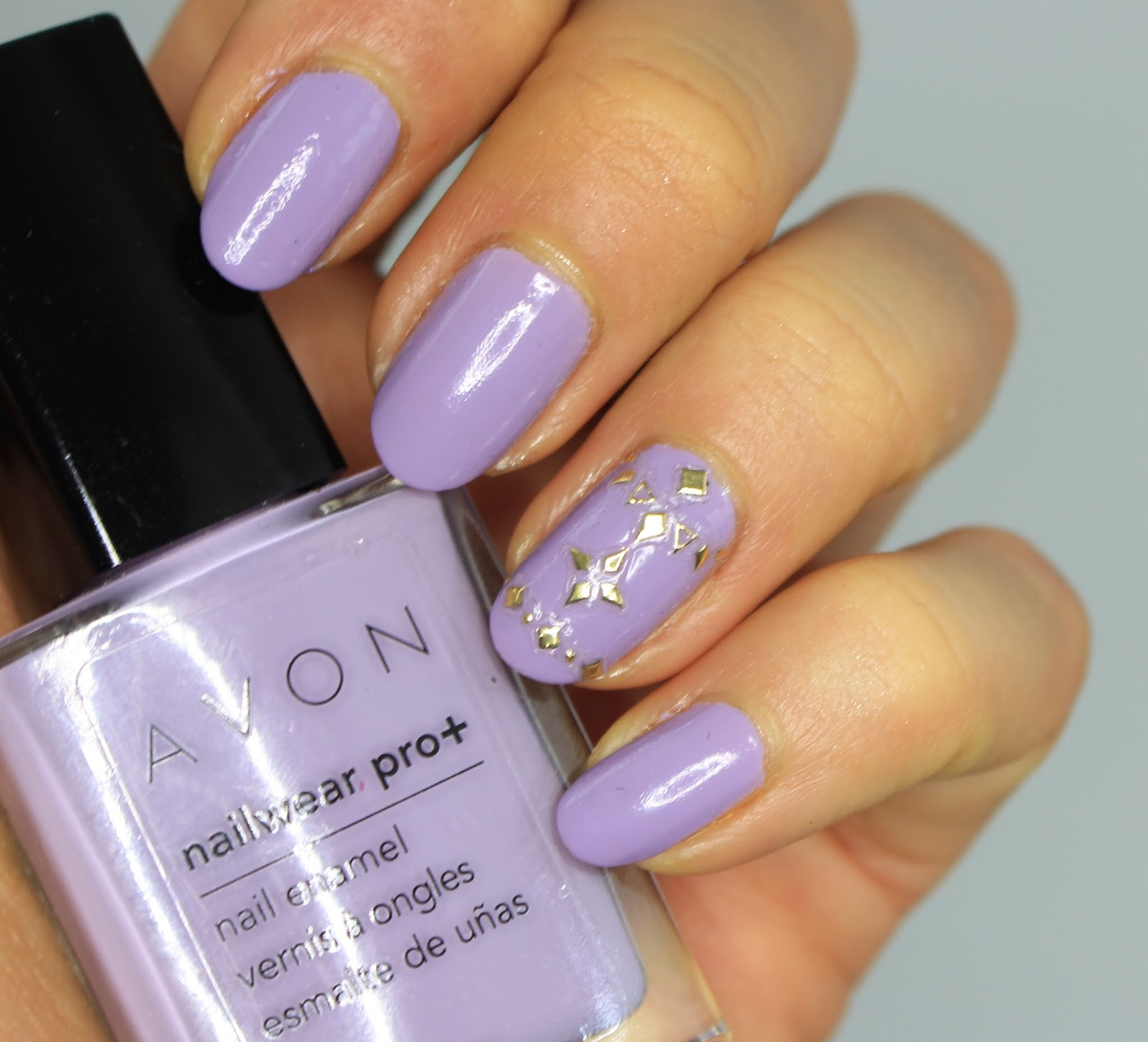 My Beauty Box: #ManiMonday : Lavender Nails with Kiss Nail ...