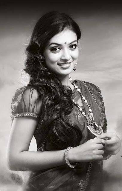 Nazriya Nazim Fahadh black and white photo