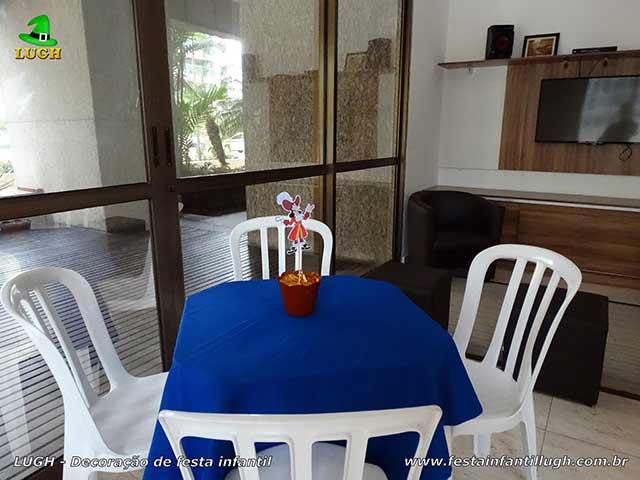 Toalhas e enfeites de centro das mesas dos convidados