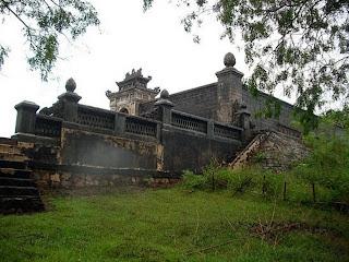 Motivi della Tomba dell'imperatore Dong Khanh
