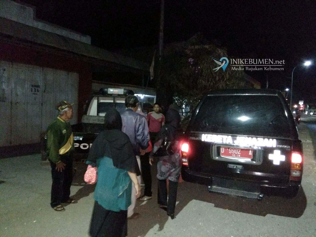 Mobil Pembawa Jenazah Mogok Tengah Malam, Untung Ada Mobil Patroli Polisi Melintas