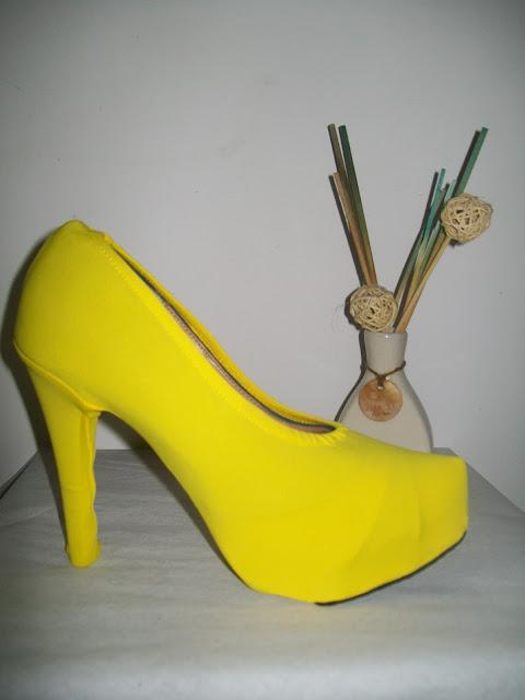 capas para sapatos-amarela-belanaselefie