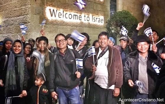 Judíos de la tribu de Manasés llegando a Israel