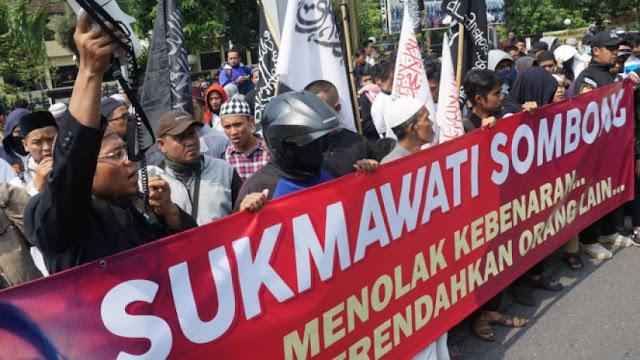 Aksi Proses Hukum Sukmawati Merebak di Daerah