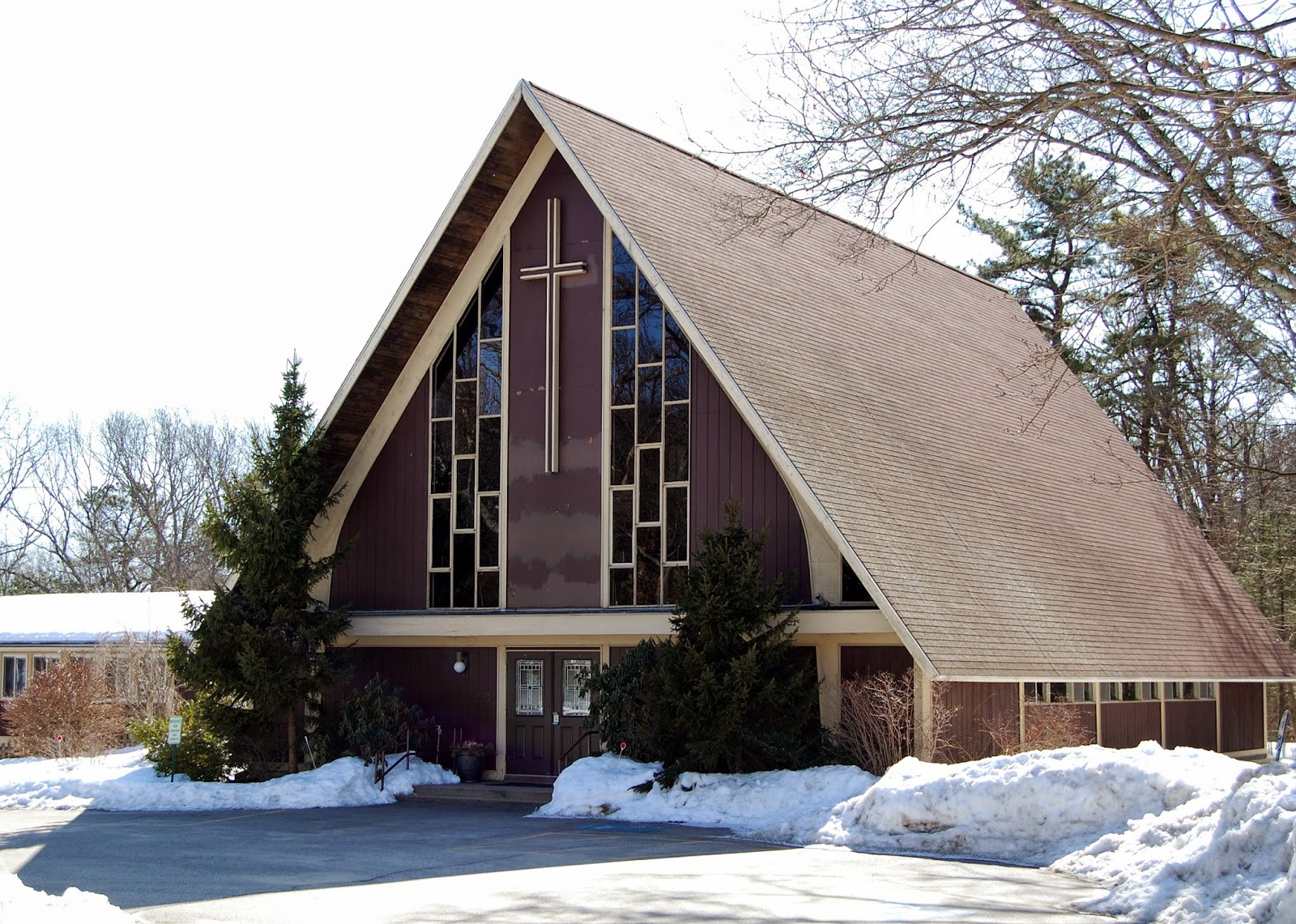 St. John's, 237 Pleasant Street, Franklin in winter time