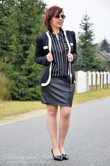 FASHIONMIA | żakiet i bluzka w paski.