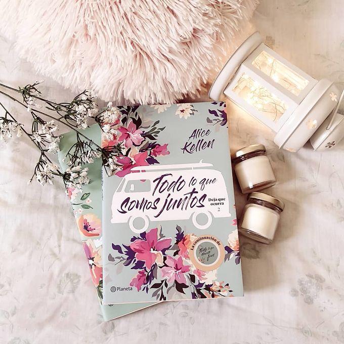 Foto del libro Todo lo que somos juntos escrito por la autora Alice Kellen