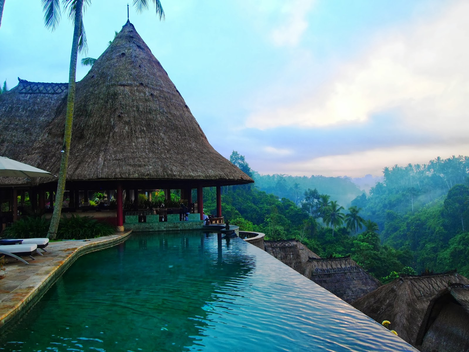 Vinatraveler 39 s blog viceroy the best place to stay in for Luxury places to stay in bali