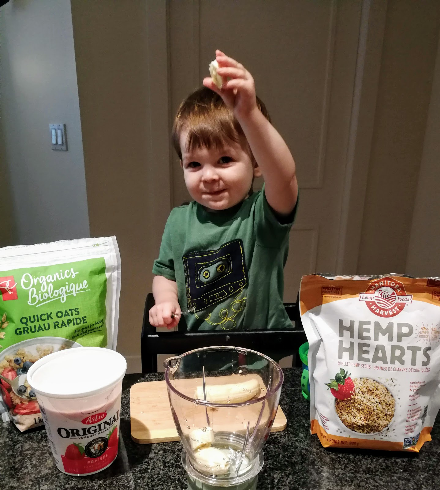 toddler cooking, banana smoothie, Astro Yogurt, Manitoba Hemp Hearts, Quick Oats, Baby Bullet