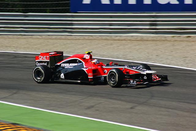 Gambar Mobil Balap F1 Virgin 01