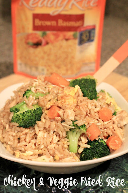 Chicken and Veggie Fried Rice is a delicious kid-friendly dinner! It is healthier than take-out and homemade always tastes best! #BensBeginners #UncleBensPromo #ad  @UncleBens