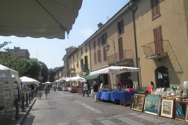 Artecarlacolombo mercato dell 39 antico antiquariato ad - Mercatino imbersago ...