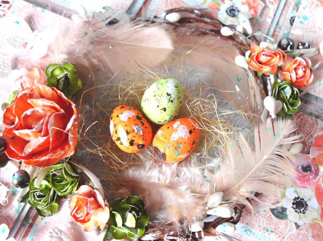 motywy wielkanocne -jajka, bazie, kwiatki, piórka
