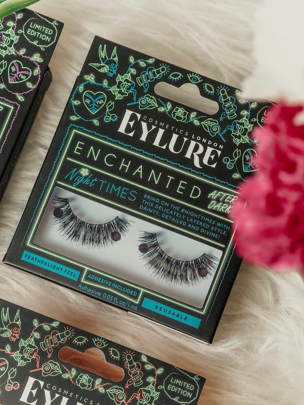 686e793c2af If you want to make a big impact, these are the lashes for you. They're  long, wispy, and flared to really make those eyes pop!