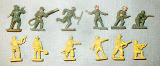 S11, 01711-6, Africa Korps, 1/76 scale, 1961 to 1972, 01711-6, 1973, Plasty, Germany, Kit Number 1005, 1960s, MPC, USA, 2-8001 El Alamein, 2-8054 Tank Battle at El Alamein, Early 1970s, Airfix Afrika Korps, 1/76th, MPC 2-8001 , MPC 2-8054, Tank Battle at El Alamein, El Alamein, 1962, 46 figures, 20 poses, 01711-6, 9 01711, 01711, A01711, First Type, 1st Type, Type One, Type 1, Type I, Germen, Deutsches, DAK, Lone Star