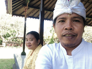 Me And My Wife At Dalem Temple Ringdikit, North Bali