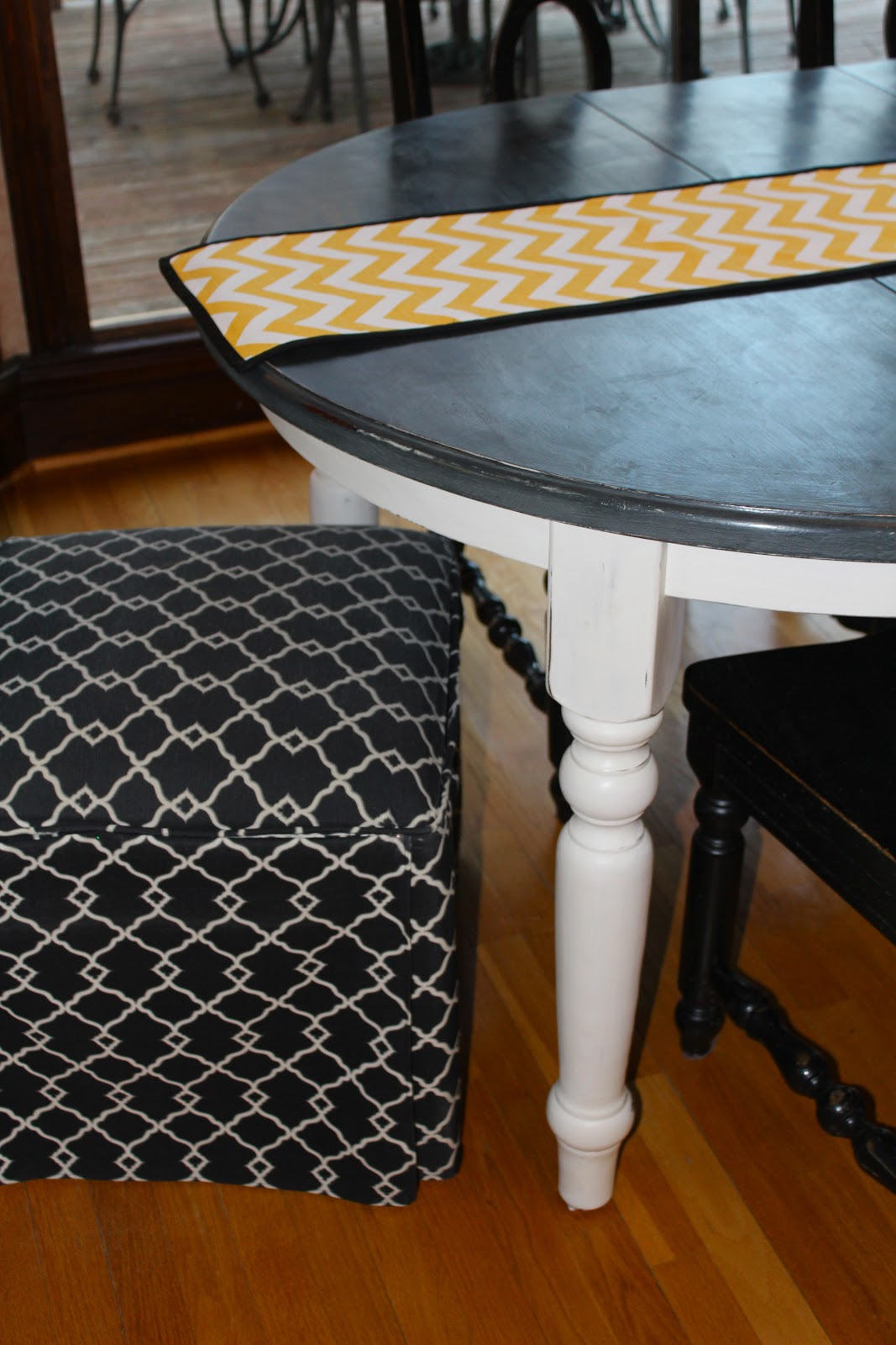 chalk paint kitchen table painting kitchen table