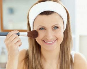 Tips dan Cara Make Up Cantik Untuk Bentuk Wajah Bulat