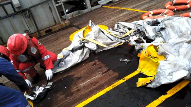 Serpihan Pesawat Lion Air JT610 yang Jatuh di Kerawang Telah Ditemukan