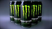 Castiga un bax cu 24 de doze de Monster Energy