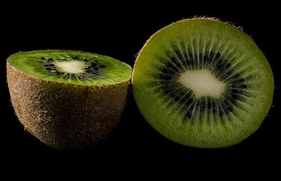 Foods To Keep Your Hair Healthy and Strong, hair loss, kiwi