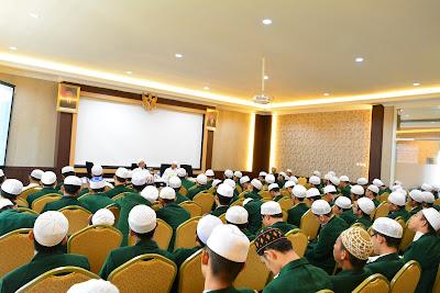 Kupas Tuntas Hukum Syariat Islam Pada Seminar HMJ Ahwalus Syakshiyyah