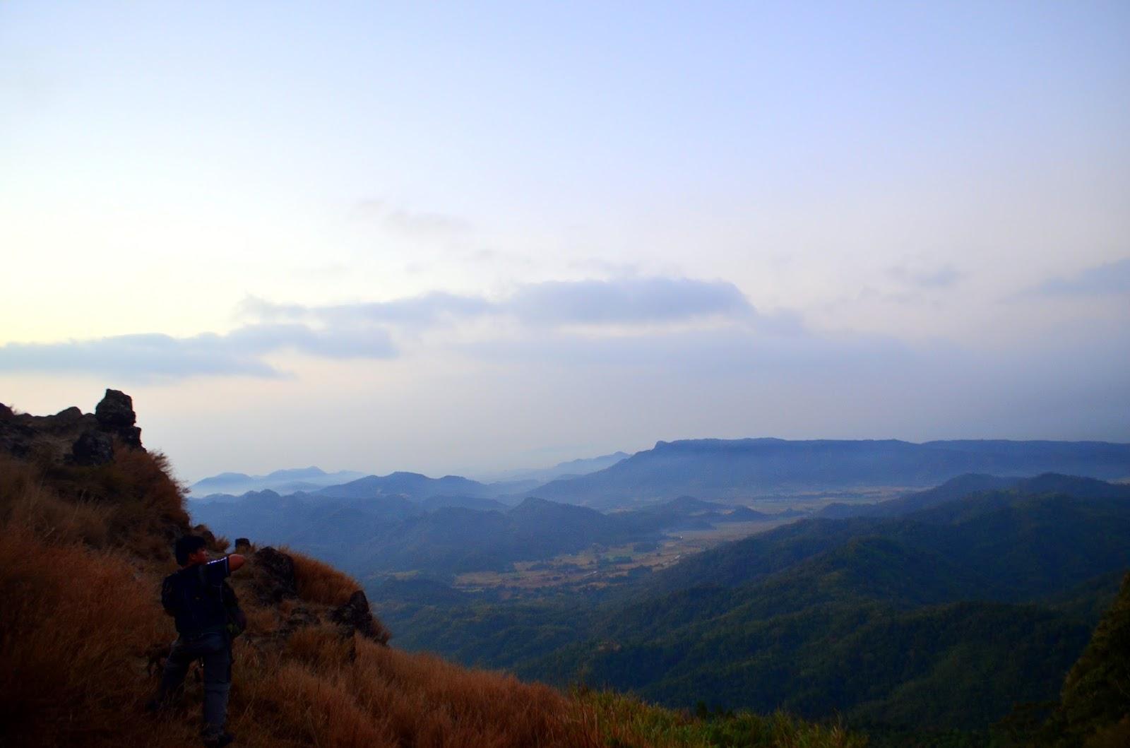 Pico De Loro campsite