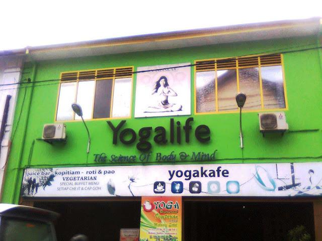 Sebuah restoran di Medan khusus menjual makanan vegetarian dan menawarkan cara hidup Yoga