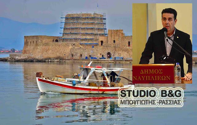 Να κλείσει το Μπούρτζι λόγω επικινδυνότητας από την αρχή του καλοκαιριού είχε επισημάνει ο Δήμαρχος Ναυπλιέων